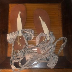 Leather wrap sandals with silk ribbon - Size 7
